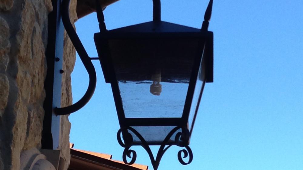 Outdoor Porch Light [005]