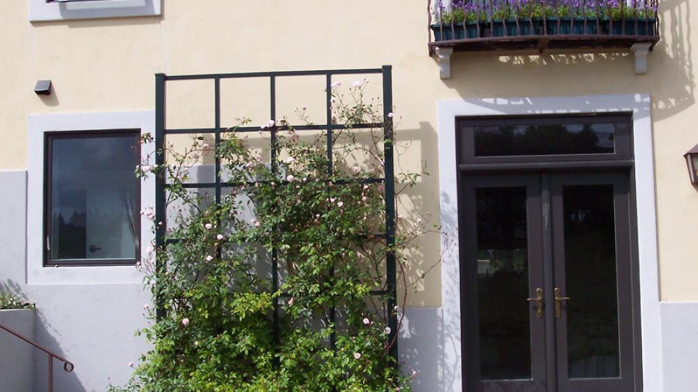 Trellis and Balcony [045]