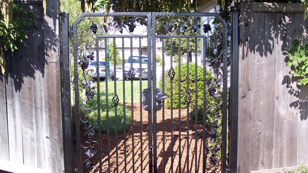 Ornamental Pedestrian Gate [023]