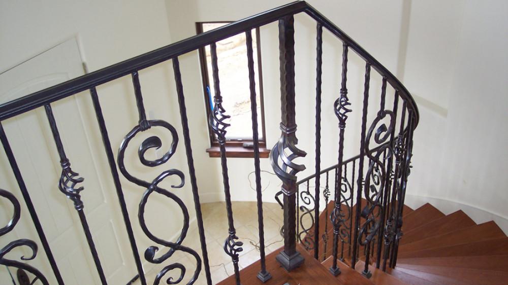 Elegant Interior Staircase [033]
