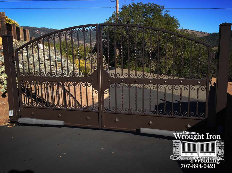 Sonoma County Double Swing Gate