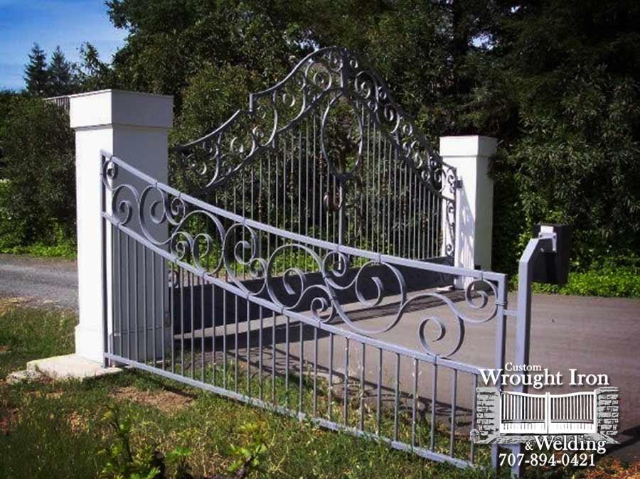 Yoakim Bridge Winery Gate
